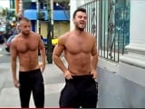A disfrutar del chulazo Jessy Ares