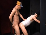 Sexo en los lavabos de un pub - Amateur