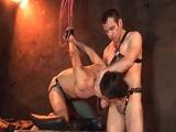 Un esclavo sumiso y muy complaciente