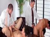 Tremenda orgía en la oficina - Orgias