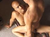 Sexo duro por el culo en la sala de billar - Folladas A Pelo