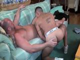 Latino pornstar se folla a un estadounidense cachondo - Pornostars