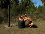 Militares gays follando en plenas maniobras - Cachas