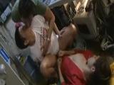 Japoneses gays y frikis follando en la tienda - Asiáticos