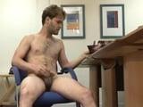 Examen corporal con eyaculación a un chico - Chicos Solos
