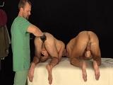 El reconocimiento medico termina en un trío morboso - Trios