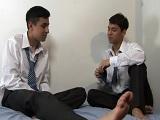 Después de clases, se ponen a follar bien duro en casa - Universitarios
