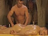 Este masajista hace que todos los clientes salgan nuevos