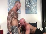 Tatuados y musculados, combinación perfecta para estos - HD